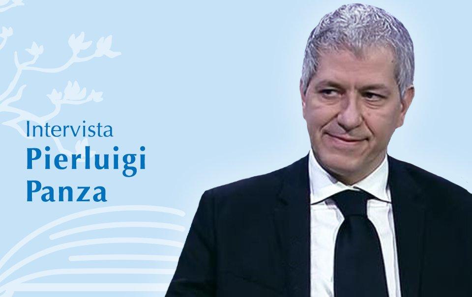 Entrevista com Pierluigi Panza jurou a cidade de Prize Como